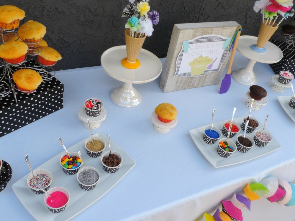 Cupcake war-cup cake wars-cupcake decorating party-cupcake decorating party ideas-www.SugarPartiesLA.com.jpg