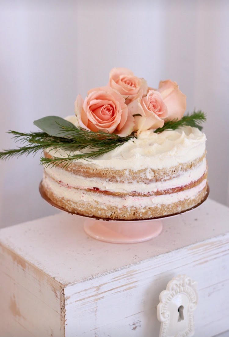 Home sweet home party-housewarming party-party ideas-new home party ideas-home sweet home party decor-dessert table-naked cake ideas-www.SugarPartiesla.com
