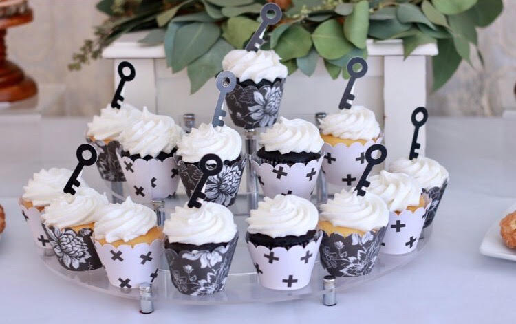 Home sweet home dessert ideas-home sweet home-house warming party-new home-key cupcake toppers-new home party ideas-new home owners-new home-www.SugarPartiesLA.com
