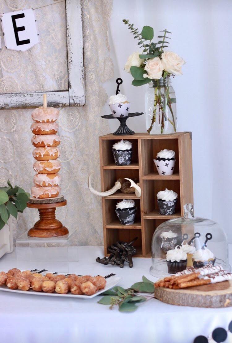 housewarming party ideas-boho dessert table-home sweet home-housewarming party ideas-dessert table-key cupcake toppers-www.SugarPartiesLA.com