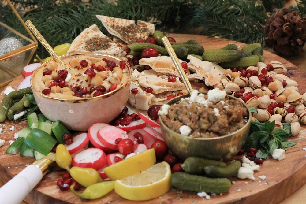 mediterranean platter-mediterranean food-christmas party-boho chrsitmas-mediterranean appetizer-holiday foods-www.SugarPartiesLA.com