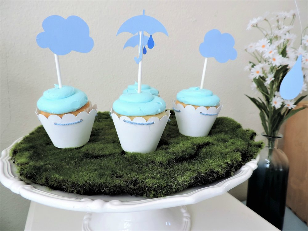 April Shower Baby Shower-Baby shower cupcakes-april showers bring may flowers-cupcake toppers-cloud toppers-baby shower cupcakes-www.SugarPartiesLA.com.jpg