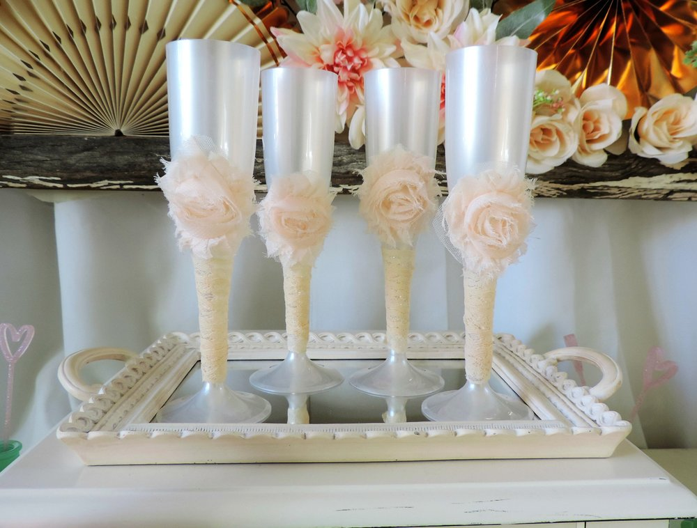 Mother's Day Champagne-Mother's Day brunch-champagne flutes-decorated champagne flutes-Mother's Day party ideas-www.SugarPartiesLA.com.jpg