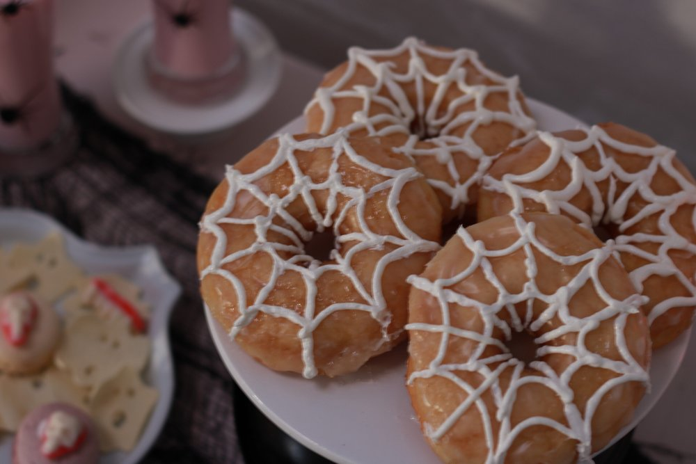 Spider Web Dessert-Spider Webbed Donuts-Crow-and-Skulls-Pink Halloween-Halloween Dessert Ideas-Halloween Pink Decor-Halloween Party Ideas-Halloween Dessert Table-www.SugarPartiesLA.com
