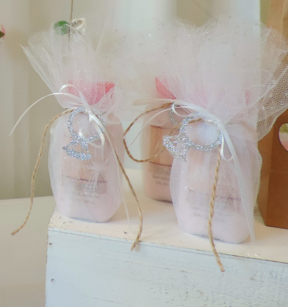 Bridal Shower-bridal shower ideas-bride letters-Rustic bridal shower-bridal shower favors-bridal shower decor ideas-bride to be -mr and mrs-bridal shower favor table-www.SugarPartiesLA.com