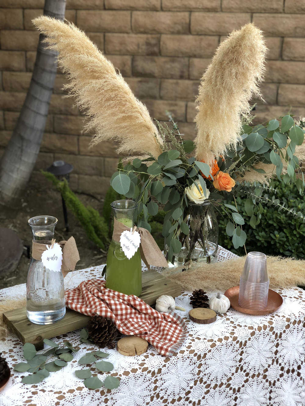 Fall drink Table Ideas-SugarPartiesLA.jpg