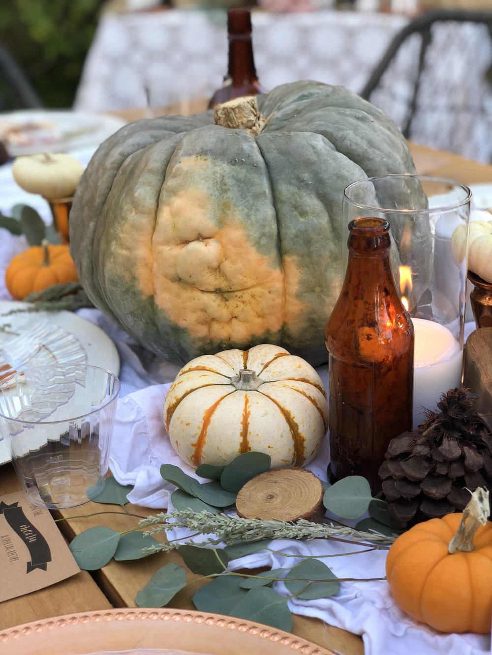 Pumpkin Tablescape-Fall Pumpkins-SugarPartiesla.jpg