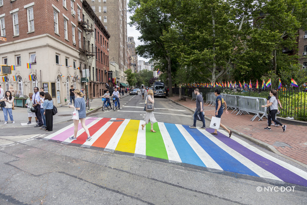 rainbow-crosswalk-2018_29085723668_o.jpg