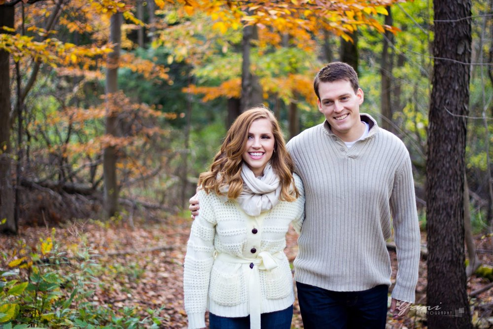 YANI MACUTE PHOTOGRAPHY DOES ENGAGEMENT WEDDING AND FAMILY PORTRAIT PHOTOGRAPHY IN TORONTO ONTARIO