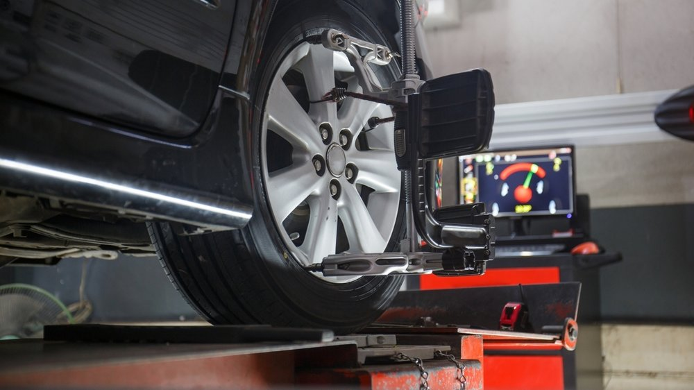 Car-Wheel-Alignment-Brake-Inspection-downtown-san-diego