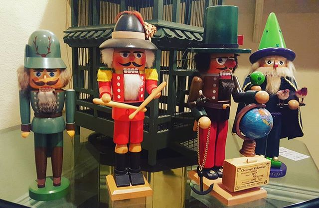 We have a large collection of #Steinbach #Nutcrackers at the sale starting tomorrow in #WindsorColorado  1415 Bison Ridge Court  Fri. & Sat. 10am-3pm Sun. 12pm-3pm (Half Off) Hope to see you there!  #estatesale #estatesales #colorado #tchaikovskysnutcracker #seiffener #erzgebirge #ballet #treasures #greatfinds #funfinds #woodcraftmanship