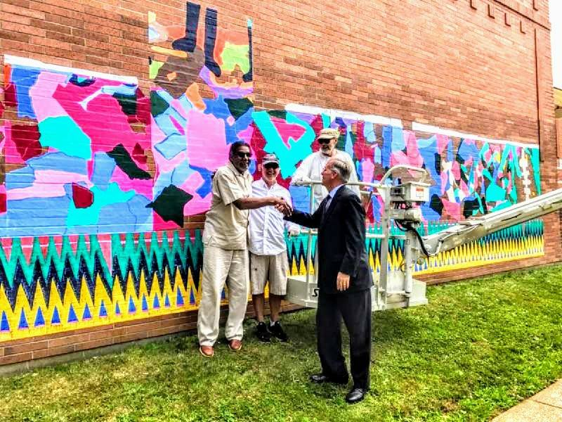 The new mural at the Martin Luther King Center