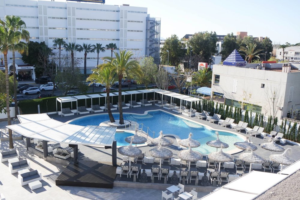 hotel-astoria-playa