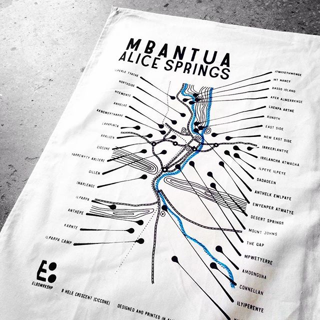 Not quite hot-off-the-press our new Mbantua Tea Towels are fast making their way into kitchens around the country! Find all the #alicesprings suburbs and town camps together on a map - at last! We love the way the road, river and rail weave through the ranges, while we live within it all.  Get yourself one at @the__goods  or direct from us at #8Hele or dm via Insta #elbowrkshpretail Snap @roktowa!