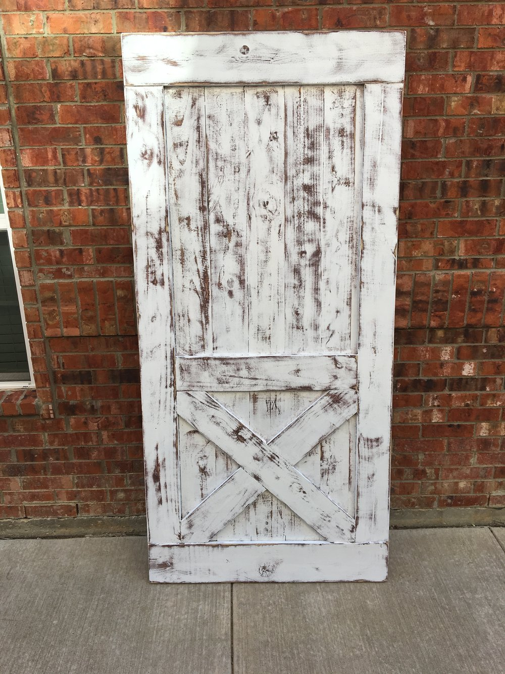 LOWER X STYLE - paint: heavy distressed white