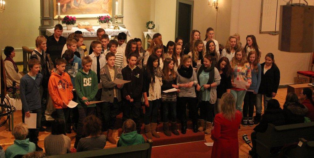 2010-12-22_Tranby kirke 082.JPG