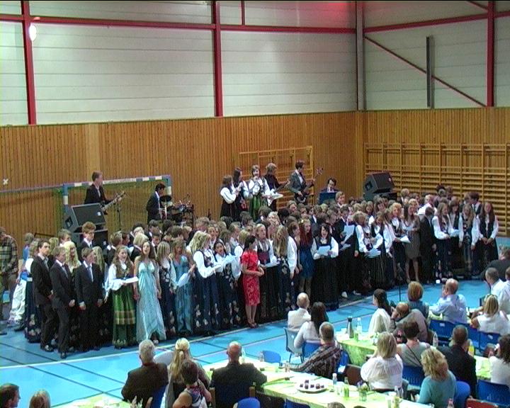 2011-06-21_Avslutning for 10 trinn 2011 15.jpg