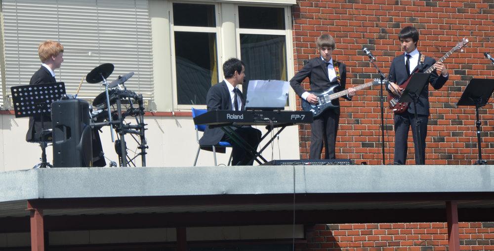 2012-06-06_Sommerarrangement med takkonsert og fotball 030.jpg