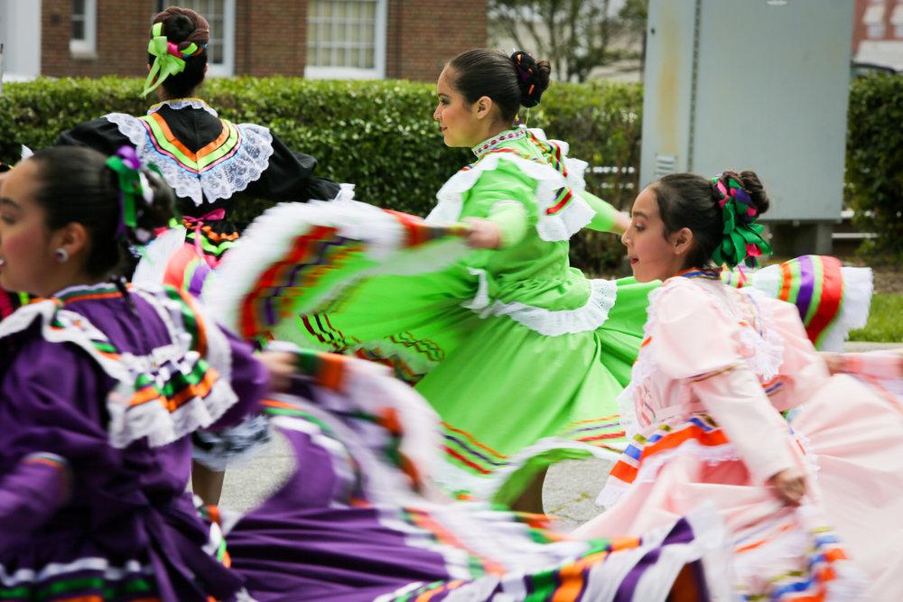 Mexican Dancers_Spring Daze-2.jpg