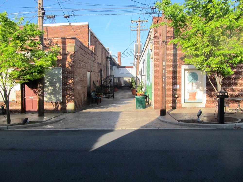 Cates Alley 4.JPG