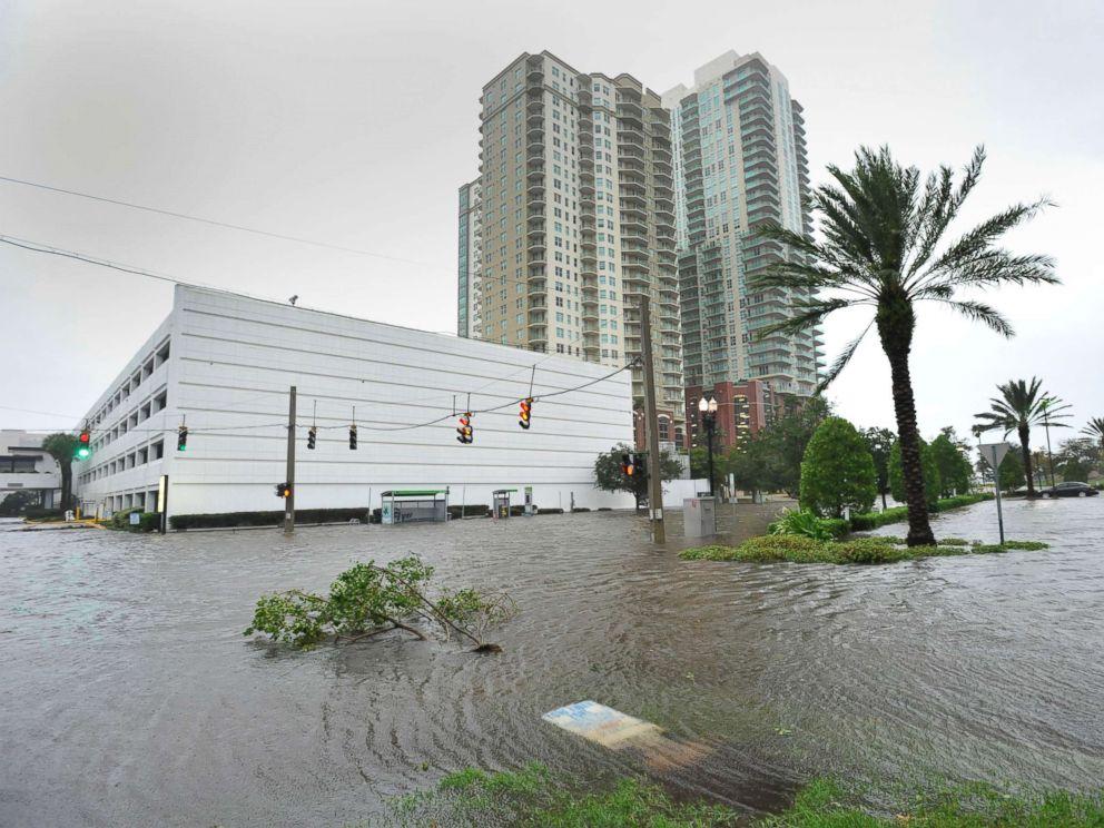 hurricane-irma-jacksonville1-ht-mem-170911_4x3_992.jpg