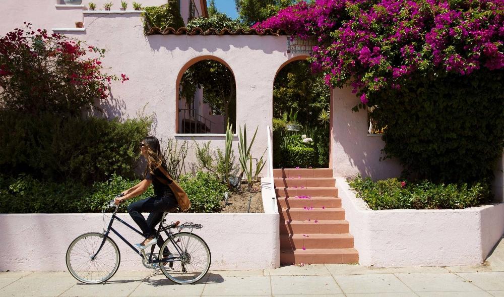Bike in heels | ( Shoes of Prey)