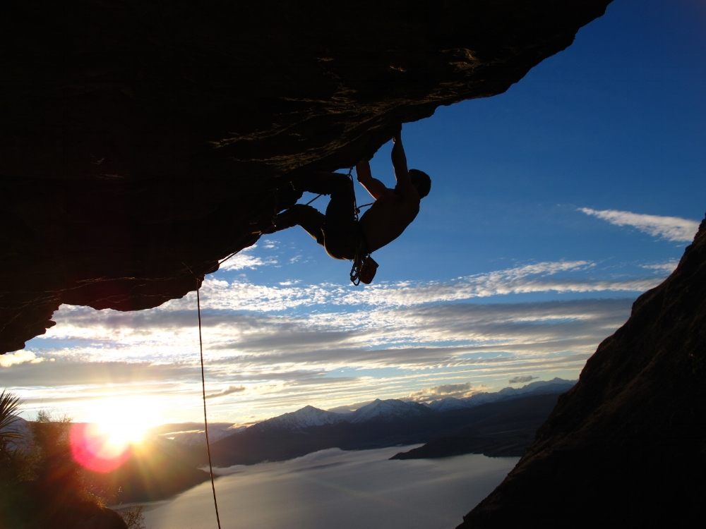 Rock Climbing in Queenstown | Photo by Stefanos Nikologianis (flickr.com)