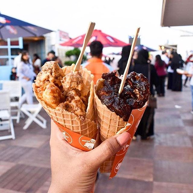 It's the weekend! Make it a double. 🐔🐔 #SoClukinGood #ChicknConeDubai 📷: @wheremyfoodat 📍: @chickncone 🏙: NYC & Dubai 👇🏼 TAG YOUR FRIENDS! 👇🏼