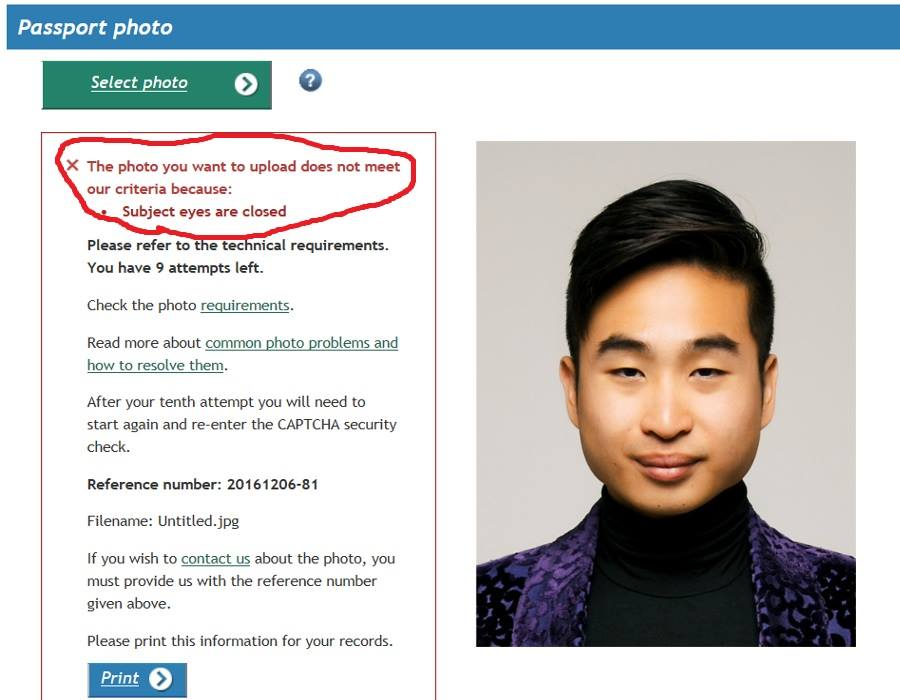 New Zealand passport renewal system denies East Asian applicant's photo  image source: https://goo.gl/Zsoxup