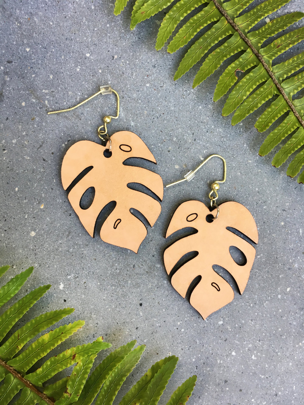 EARRING - Monstera-Large.jpg