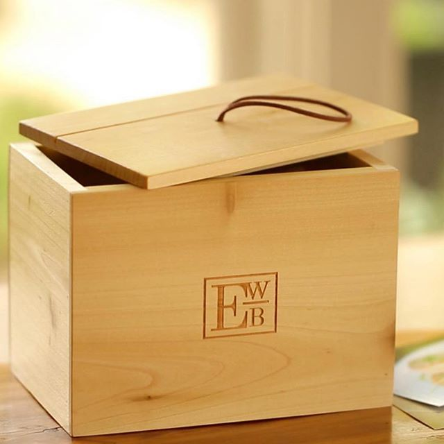 Custom wood recipe box that was created for our partner @entertainingwithbeth to sell to her fans and followers!  It's always great to promote brand awareness on everyday items!