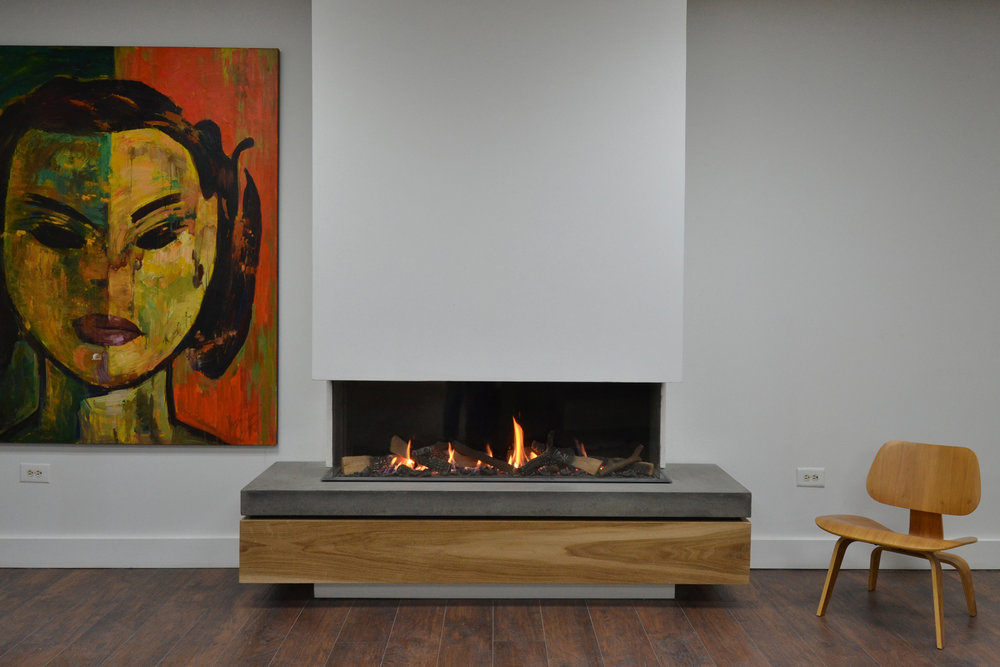 Nothing like a fireplace to warm up a home. Linear designs are so modern as well as functional, as I wrote about in  Mountain Living