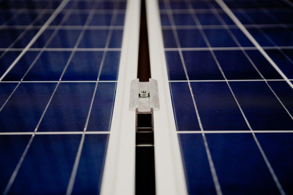 solar-cells-594166_1920.jpg