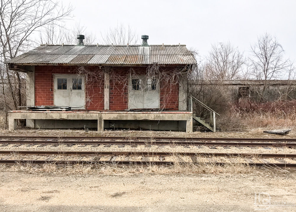 This small building connected to 1/2 mile long tunnels with railroad access.