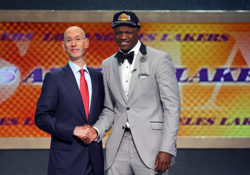 julius-randle-adam-silver-nba-nba-draft1.jpg
