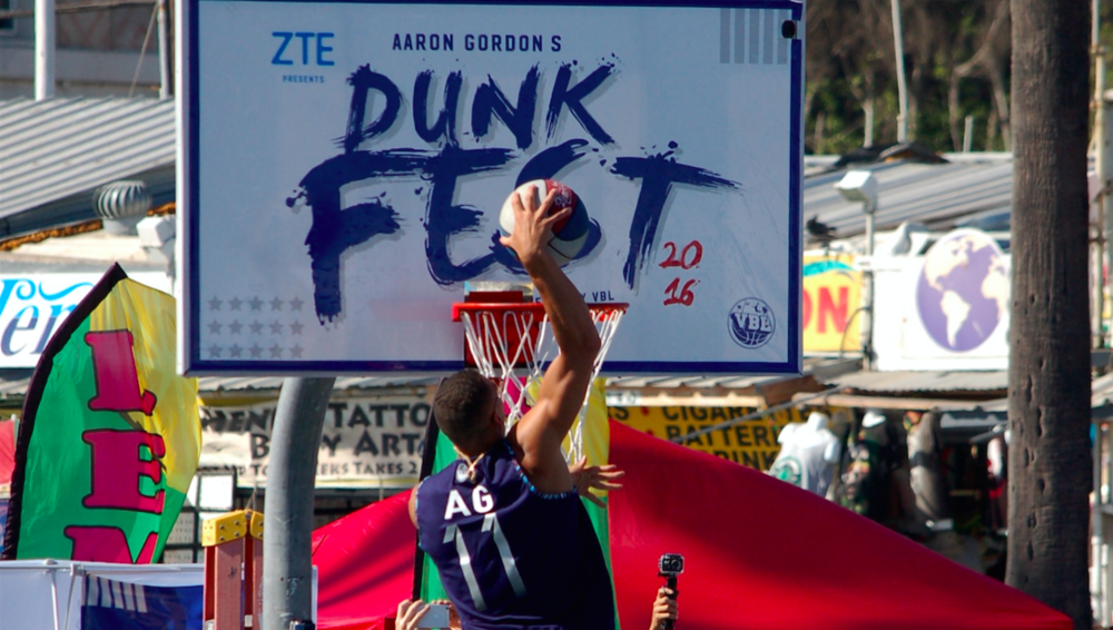 Aaron+Gordon+Dunk+Fest.png