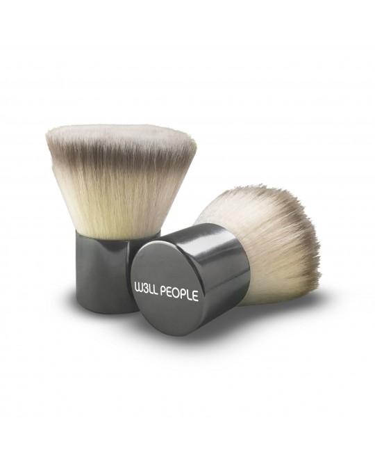 Powder Brush    Best. Blending. Ever. *Tip: Use to apply powder and blend blush & bronzer.