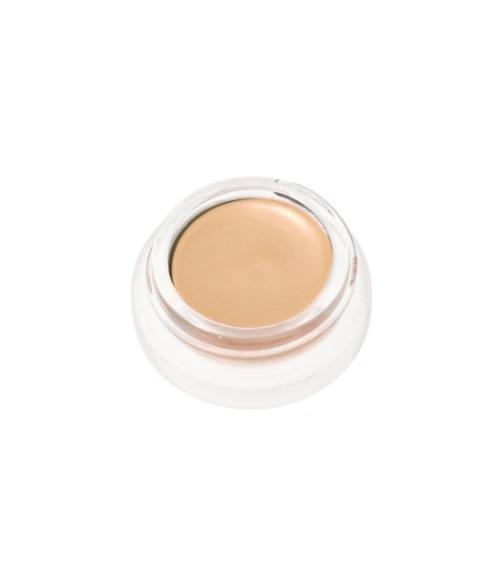 Cover Up / Foundation    Light. Glowy. Smooth. *Tip: Use the RMS foundation brush to apply & set with powder.