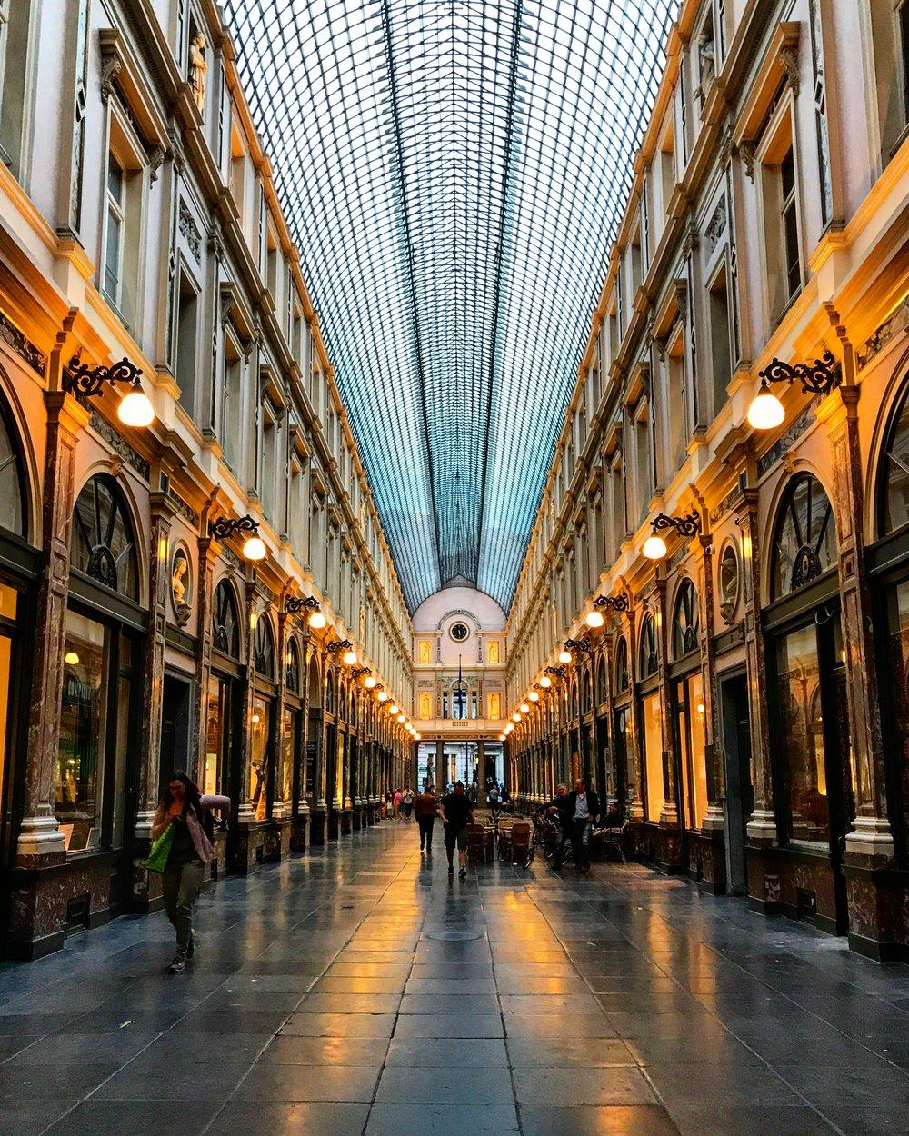Les Galeries Royales Saint-Hubert (Night), Brussels