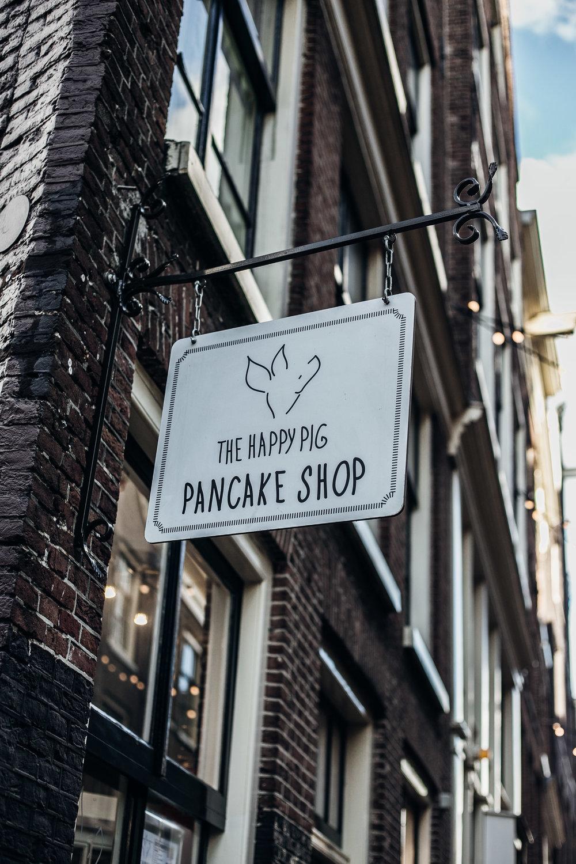 The-Happy-Pig-Amsterdam-Omnom-Magazine