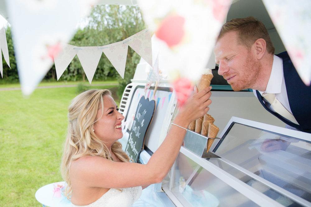 oaklands-wedding-photography-east-yorkshire