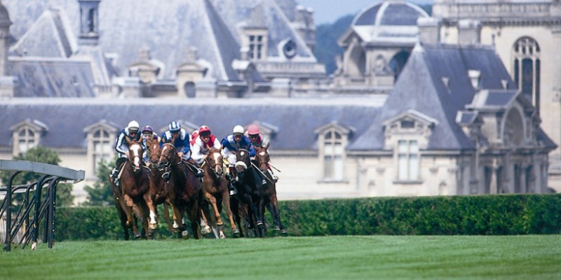 Polo Club de Chantilly LES COURSES DE CHEVAUX