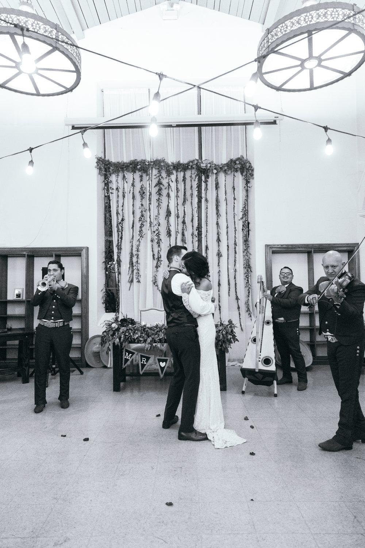 Wedding_GregDamarie_2018_586.jpg