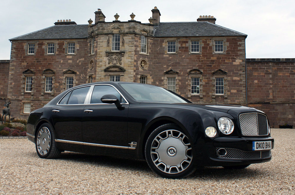 The Mulsanne looks the authentic part in front of Helnsworth Manor
