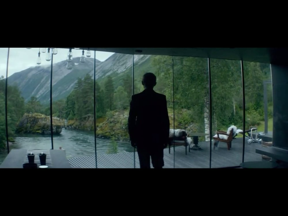 ex-machina-movie-screenshot-7.JPG