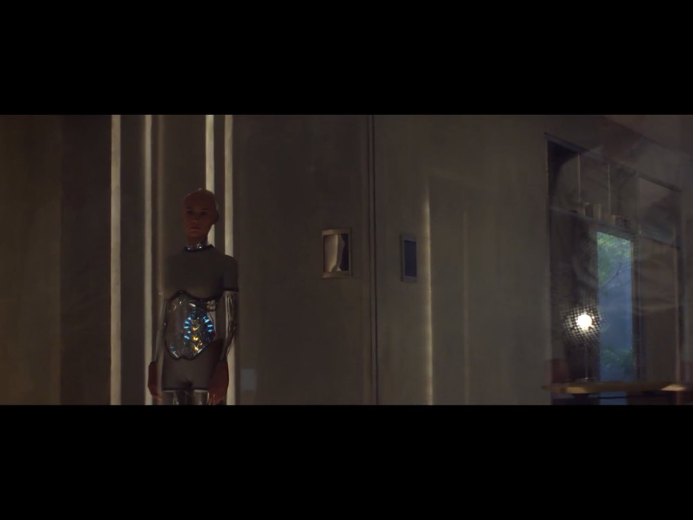 ex-machina-movie-screenshot-10.JPG