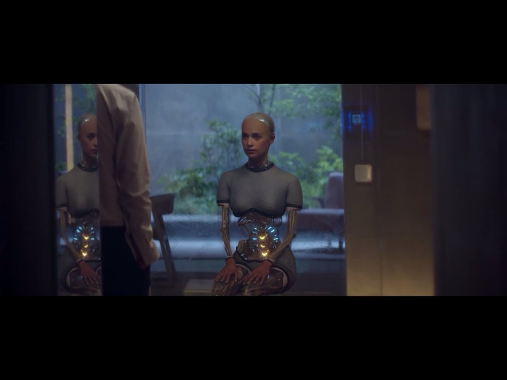 ex-machina-movie-screenshot-11.JPG