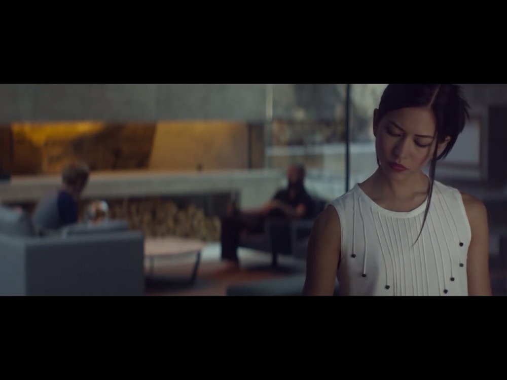 ex-machina-movie-screenshot-18.JPG
