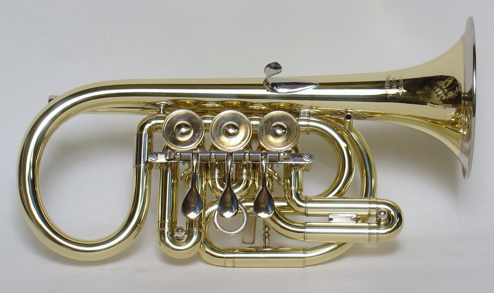 Bb cornet with bell front and side action