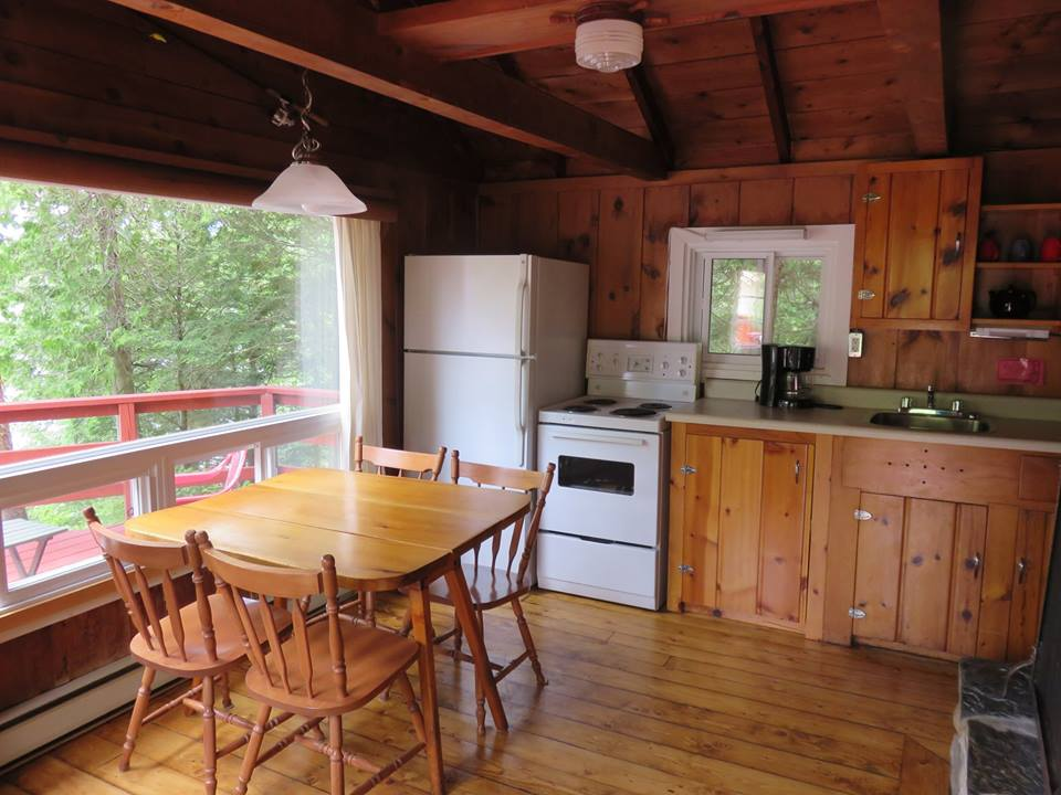 Cottage 3 Interior Kitchen.jpg